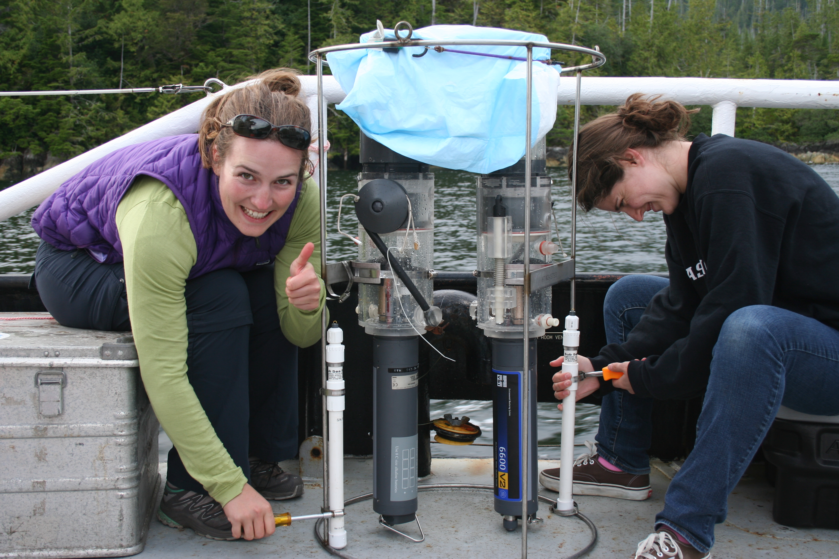 Kelsey and ALlison with an early version of the Phorcys incubator, Clayoquot Sound Sep 2011